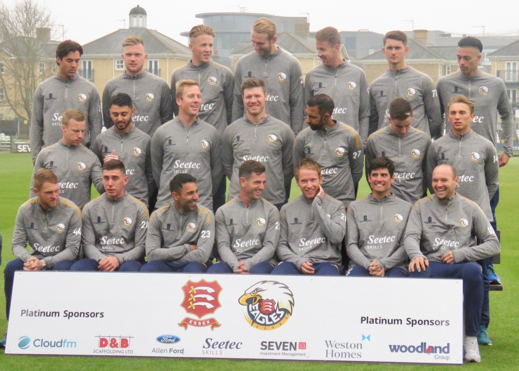 Essex County Cricket Squad 2019 – 365 Sporting Days